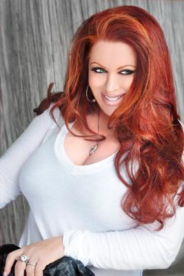 Hollywood Makeup Artist Alexis Vogel